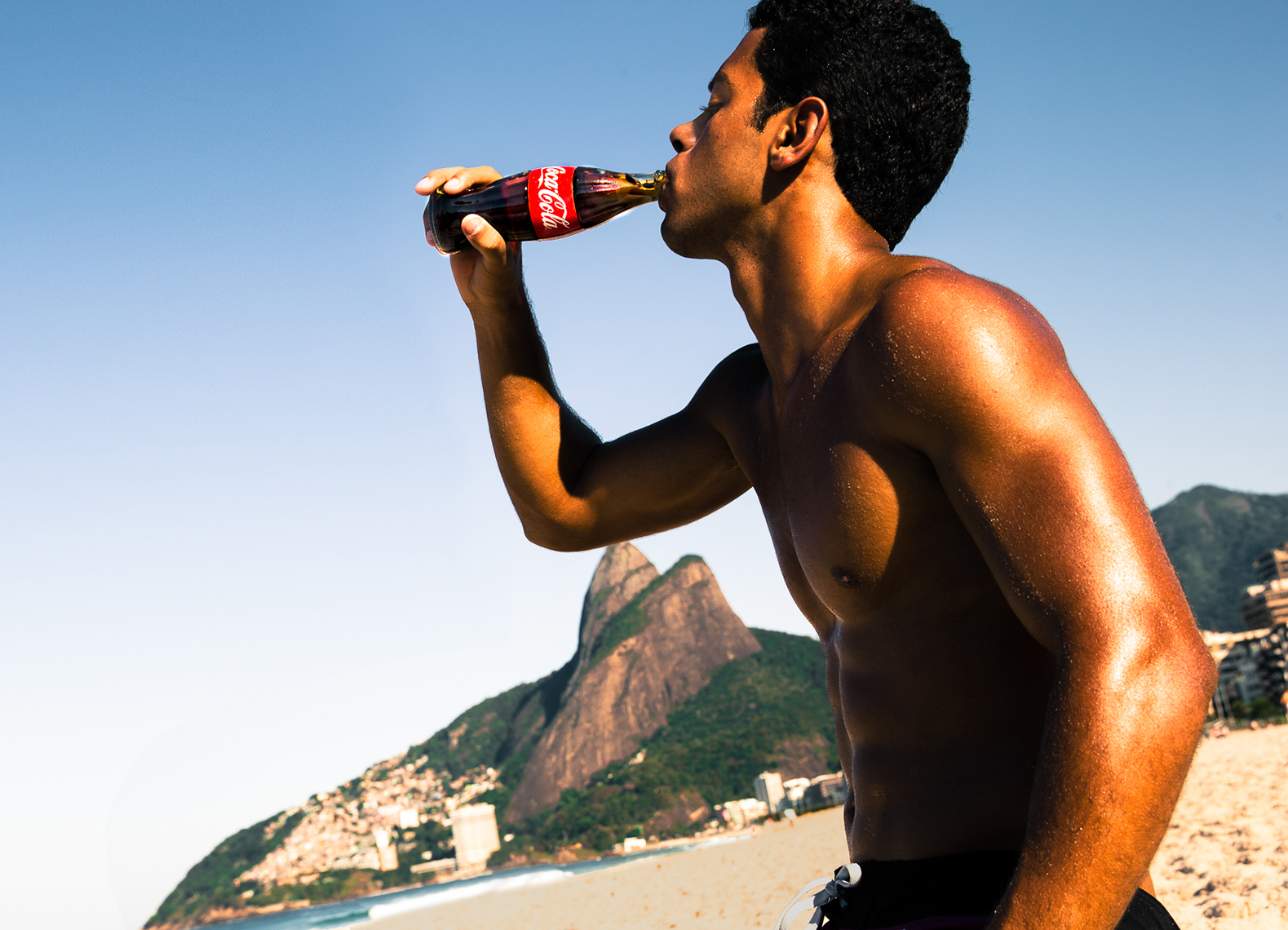 Reinsdorf-Advertising-Coke-Lifestyle-Brazil-World-Cup-Action-001
